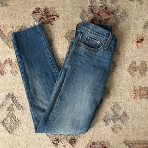 Levi's Wedgie Fit Jeans in Coyote Desert